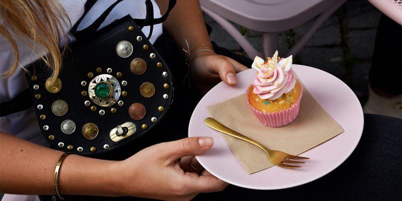 Joe-black-S-cupcake